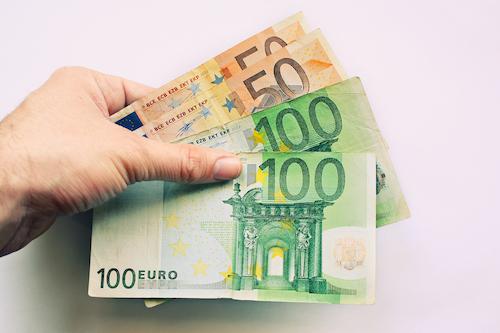 Sofortkredit: 300 Euro leihen ohne Schufa Prüfung